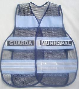 """< img src=""""coletes-refletivos-guardas-municipais.colete.refletivo301.jpg"""" alt=""""colete refletivo tipo blusão para guardas municipais"""">"""