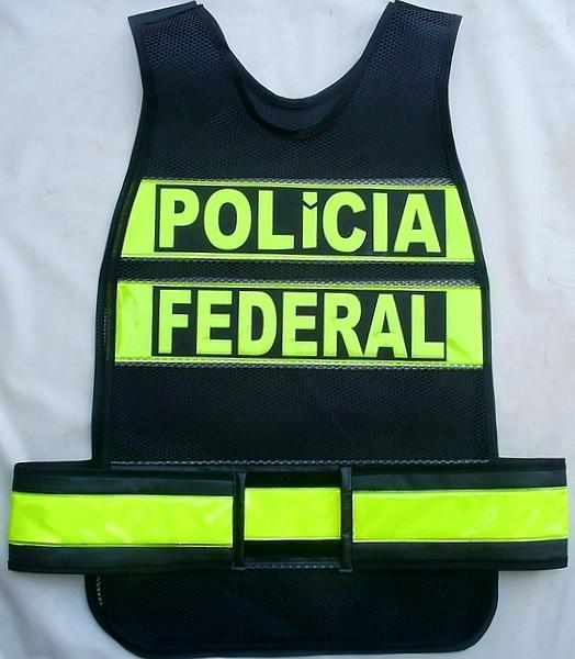 colete refletivo da Polícia Federal