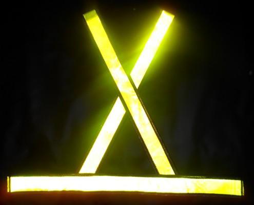 """alt=""""img de colete refletivo modelo X"""""""