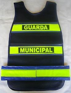 """< img src=""""coletes-refletivos-guardas-municipais.colete.manta510.jpg"""" alt=""""colete refletivo tipo manta para guardas municipais"""">"""