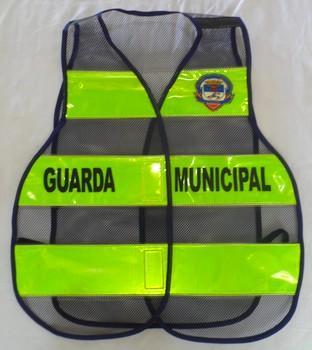 """< img src=""""coletes-refletivos-guardas-municipais.gcmsan100M.jpg"""" alt=""""colete refletivo tipo manta para guardas municipais"""">"""