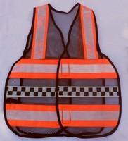 "< img src=""colete refletivo tipo blusão"" alt=""colete refletivo tipo blusão laranja"">"