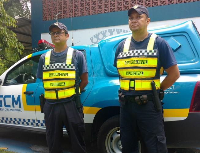 """alt=""""coletes refletivos para guardas municipais"""""""